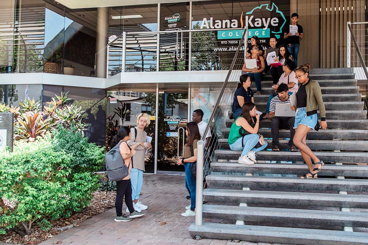 Students outside the front of Alana Kaye College