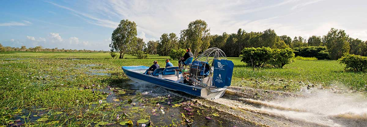 Airboat on Mary River