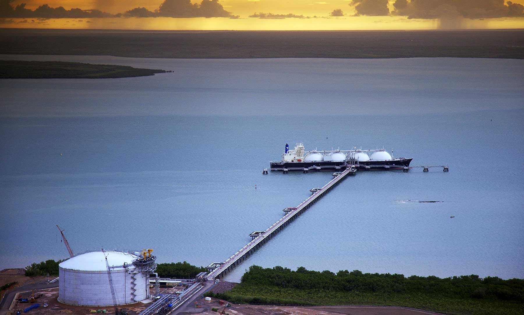 Aerial view of Darwin LNG onshore facilities, Wickham Point